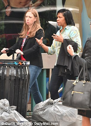 Mommy And Me Chelsea Clinton Pays Her First Visit To